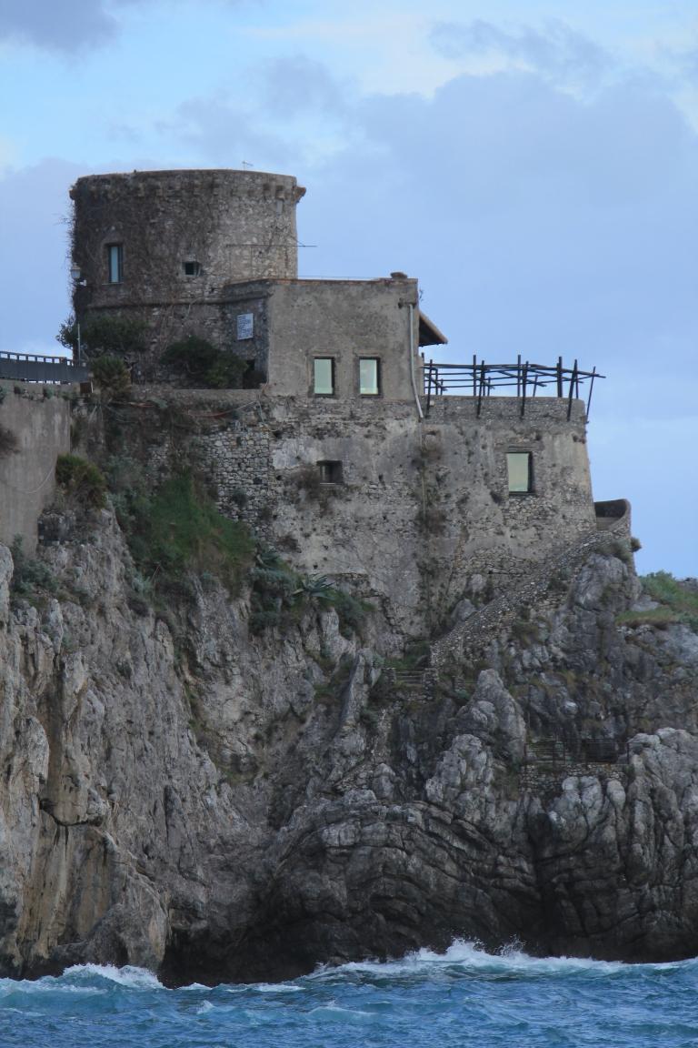 Amalfi.Tower.CU