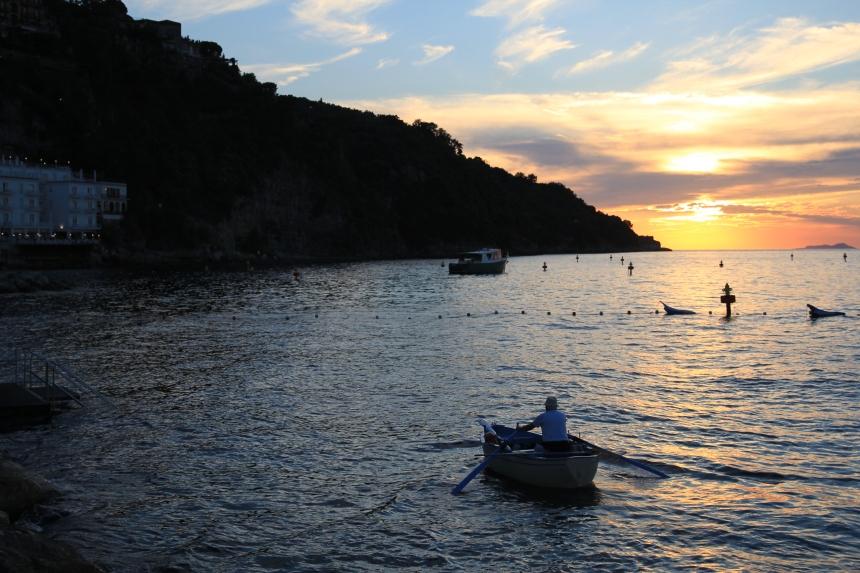 Row.Sunset.Grande